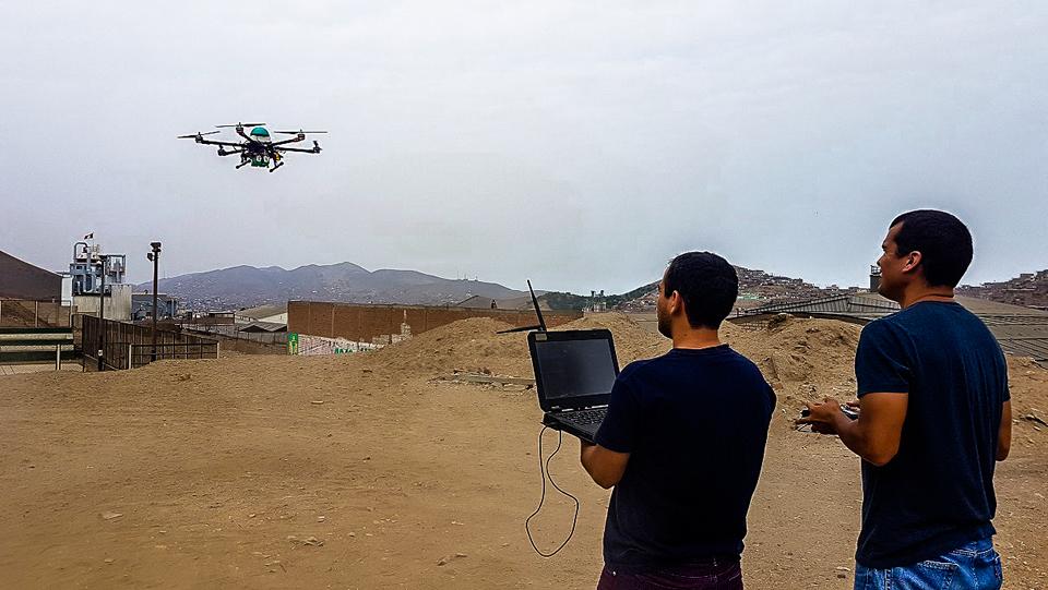 Siempre qAIRa realiza pruebas en zonas de distintos niveles de altura para medir la eficiencia del dron.